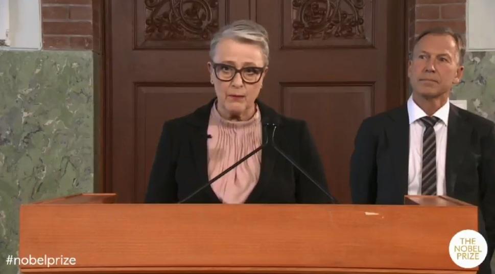 منح جائزة نوبل للسلام 2018 لـ دينيس موكويجى وناديا مراد لمكافحة العنف الجنسى (1)