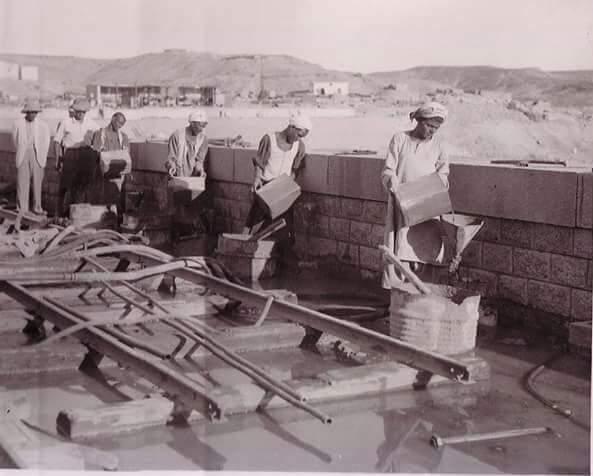 مراحل بناء خزان أسوان (7)