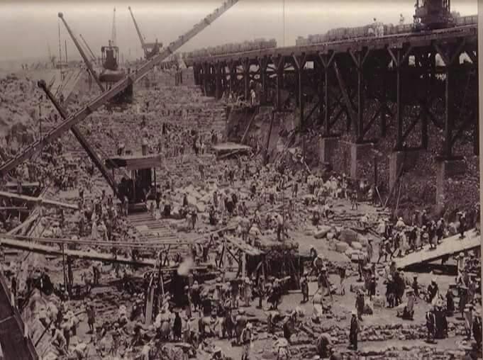 مراحل بناء خزان أسوان (5)