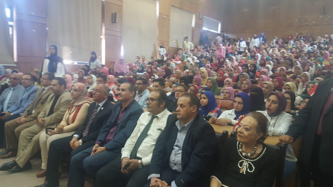جامعة دمنهور تحتفل بالذكرى 45  (1)