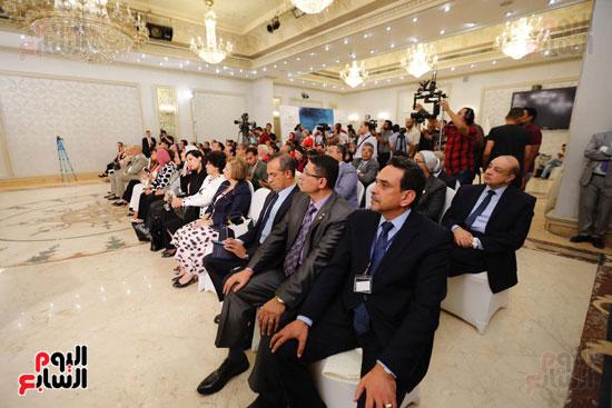 نبيلة مكرم وزيرة الهجرة (12)