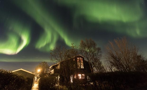 شاهد سماء فنلندا تضئ بالأخضر (7)