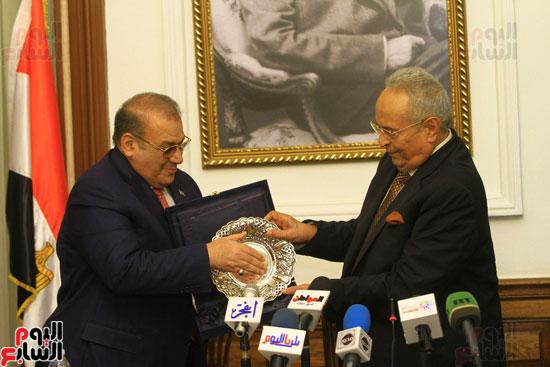 احتفالية بحزب الوفد لتكريم حسن راتب (12)