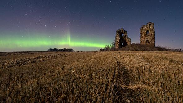 شاهد سماء فنلندا تضئ بالأخضر (6)