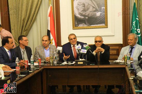 احتفالية بحزب الوفد لتكريم حسن راتب (16)