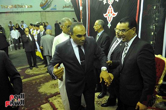 رئيس محكمة استئناف القاهرة يتلقى العزاء فى وزير العدل الأسبق (10)