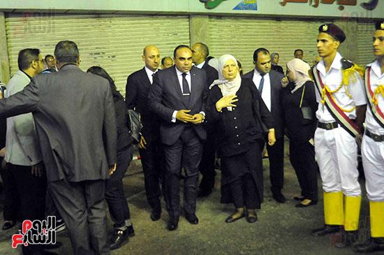 رئيس محكمة استئناف القاهرة يتلقى العزاء فى وزير العدل الأسبق (21)