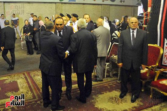 رئيس محكمة استئناف القاهرة يتلقى العزاء فى وزير العدل الأسبق (19)