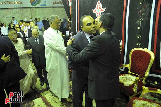 رئيس محكمة استئناف القاهرة يتلقى العزاء فى وزير العدل الأسبق (15)