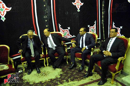 رئيس محكمة استئناف القاهرة يتلقى العزاء فى وزير العدل الأسبق (7)