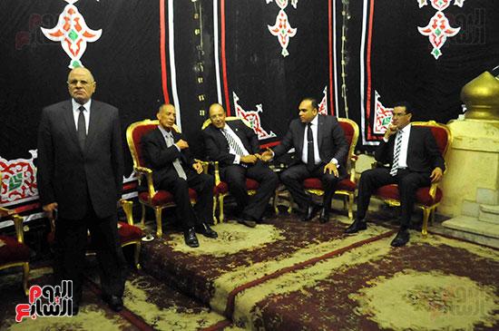 رئيس محكمة استئناف القاهرة يتلقى العزاء فى وزير العدل الأسبق (6)