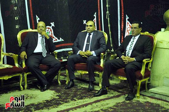 رئيس محكمة استئناف القاهرة يتلقى العزاء فى وزير العدل الأسبق (5)