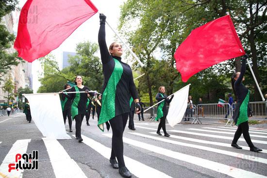 عروض فنية وعسكرية خلال احتفالات يوم كولومبوس فى الولايات المتحدة (17)