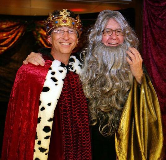 بيل جيتس وصديقة وارن بافيت