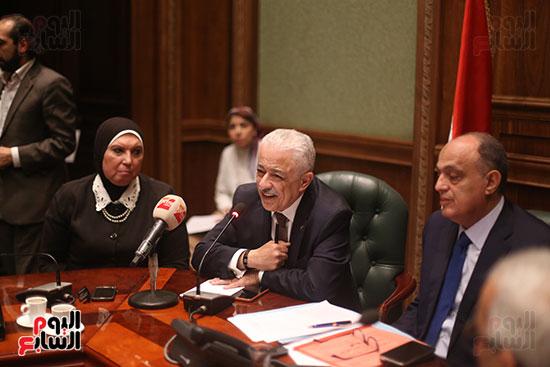 صور اجتماع لجنة المشروعات (7)