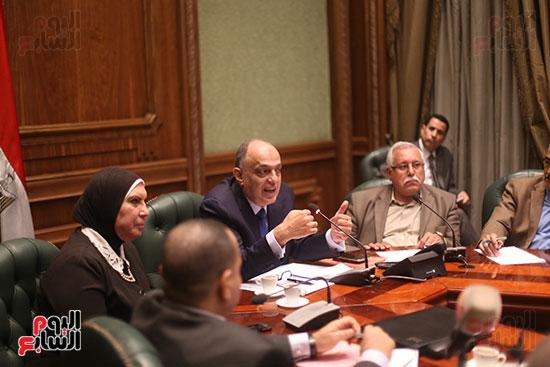 صور اجتماع لجنة المشروعات (1)