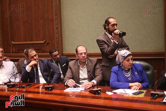 صور اجتماع لجنة المشروعات (9)