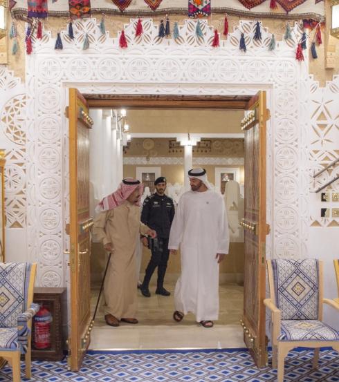 الملك سلمان يستقبل ولى عهد أبو ظبي