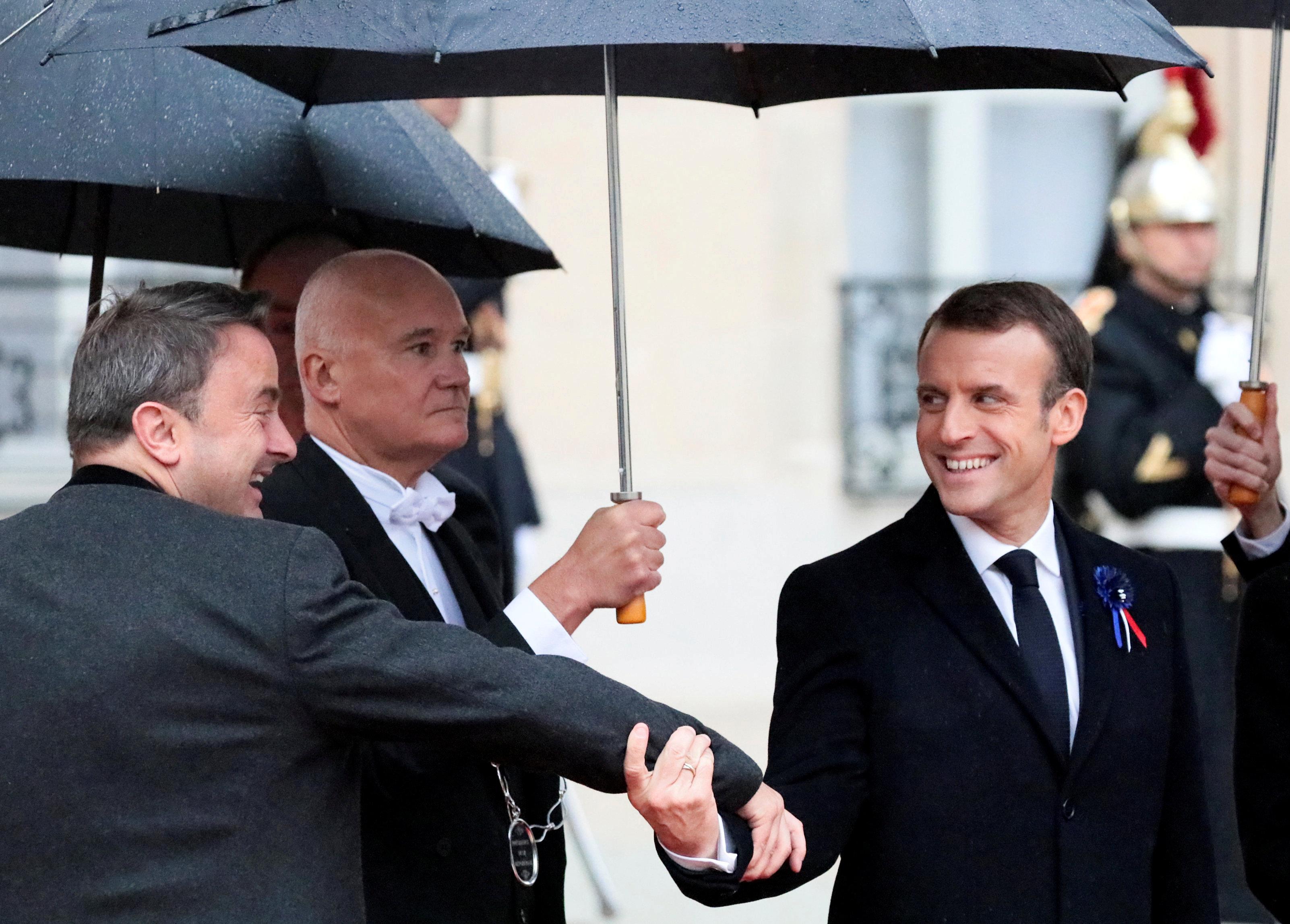 الرئيس الفرنسى إيمانويل ماكرون مع رئيس وزراء لوكسمبورج