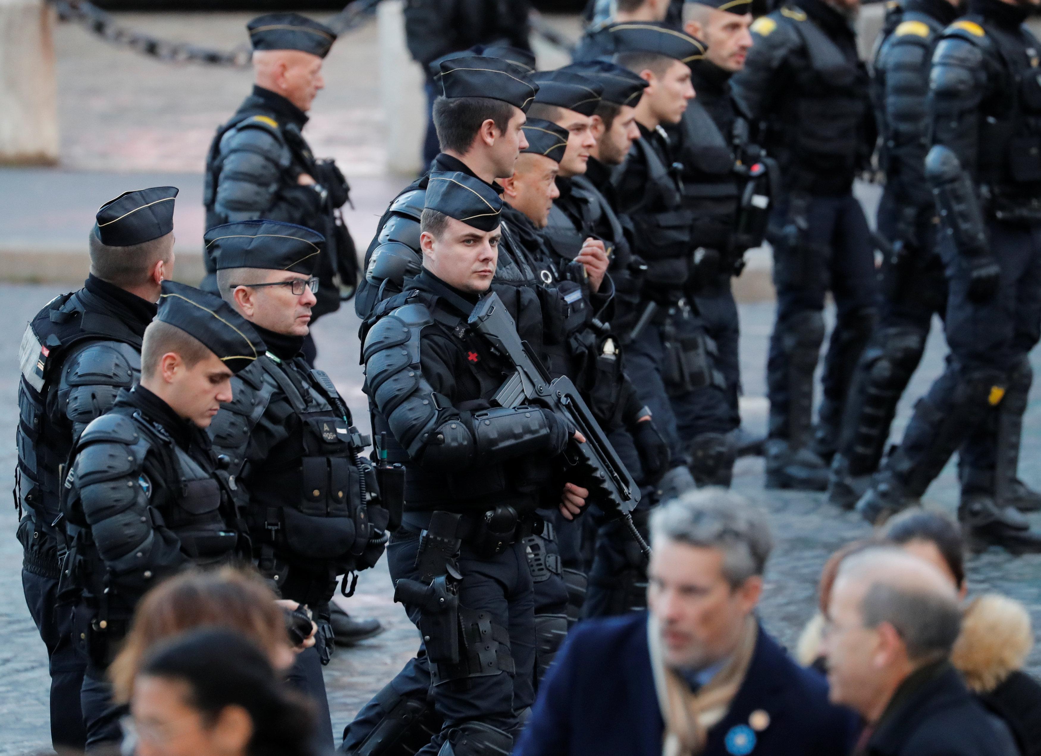 جنود فرنسيين