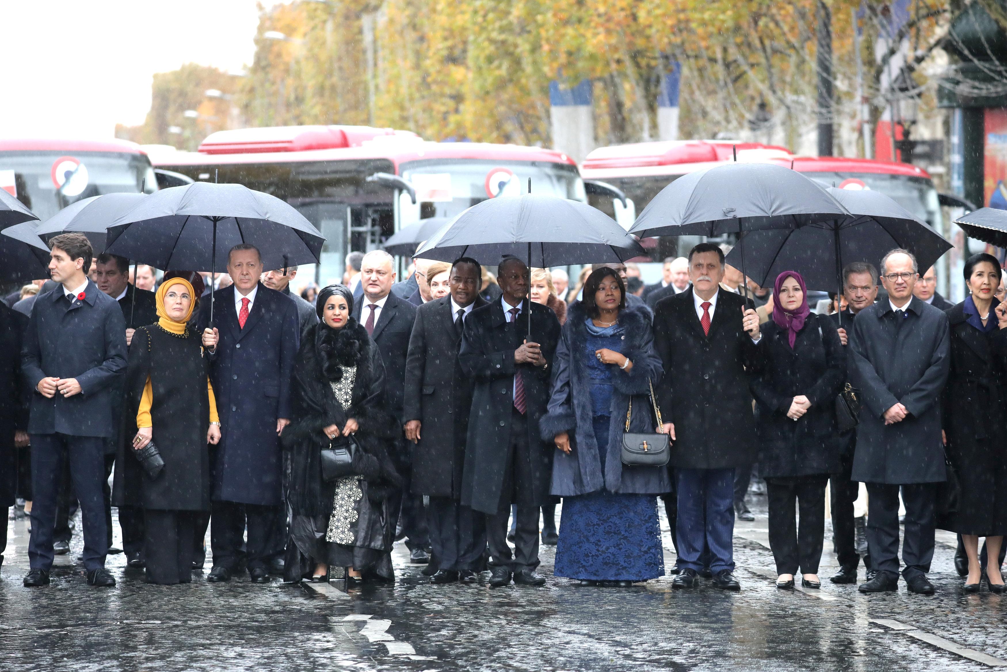 قادة العالم يحيون ذكرى ضحايا الحرب العالمية (8)
