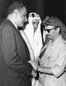 ابو عمار مع جمال عبد الناصر