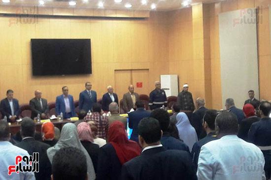 محمد-سعفان-وزير-القوى-العاملة-واللواء-عادل-الغضبان-محافظ-بورسعيد-(2)