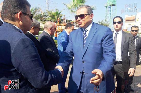 محمد-سعفان-وزير-القوى-العاملة-واللواء-عادل-الغضبان-محافظ-بورسعيد-(6)