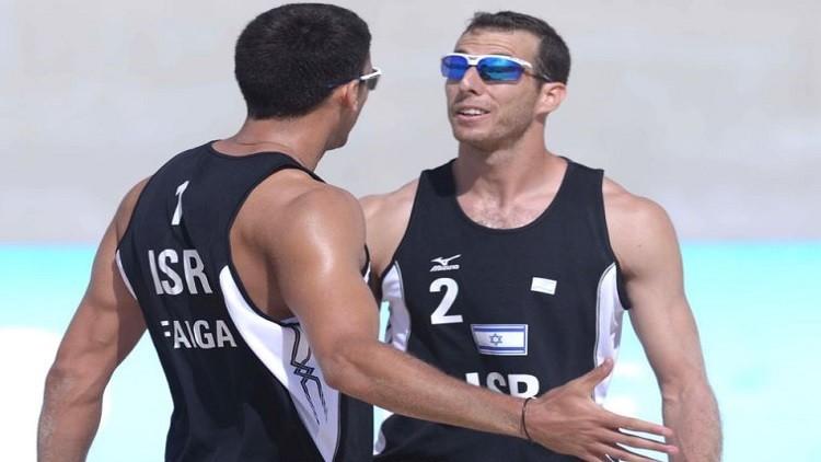 اللاعبين الإسرائيليين شون فايجا وأريئيل هيلمان