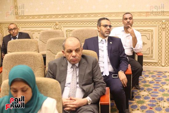 للجنة الاقتصادية بحضور وزير التضامن (8)