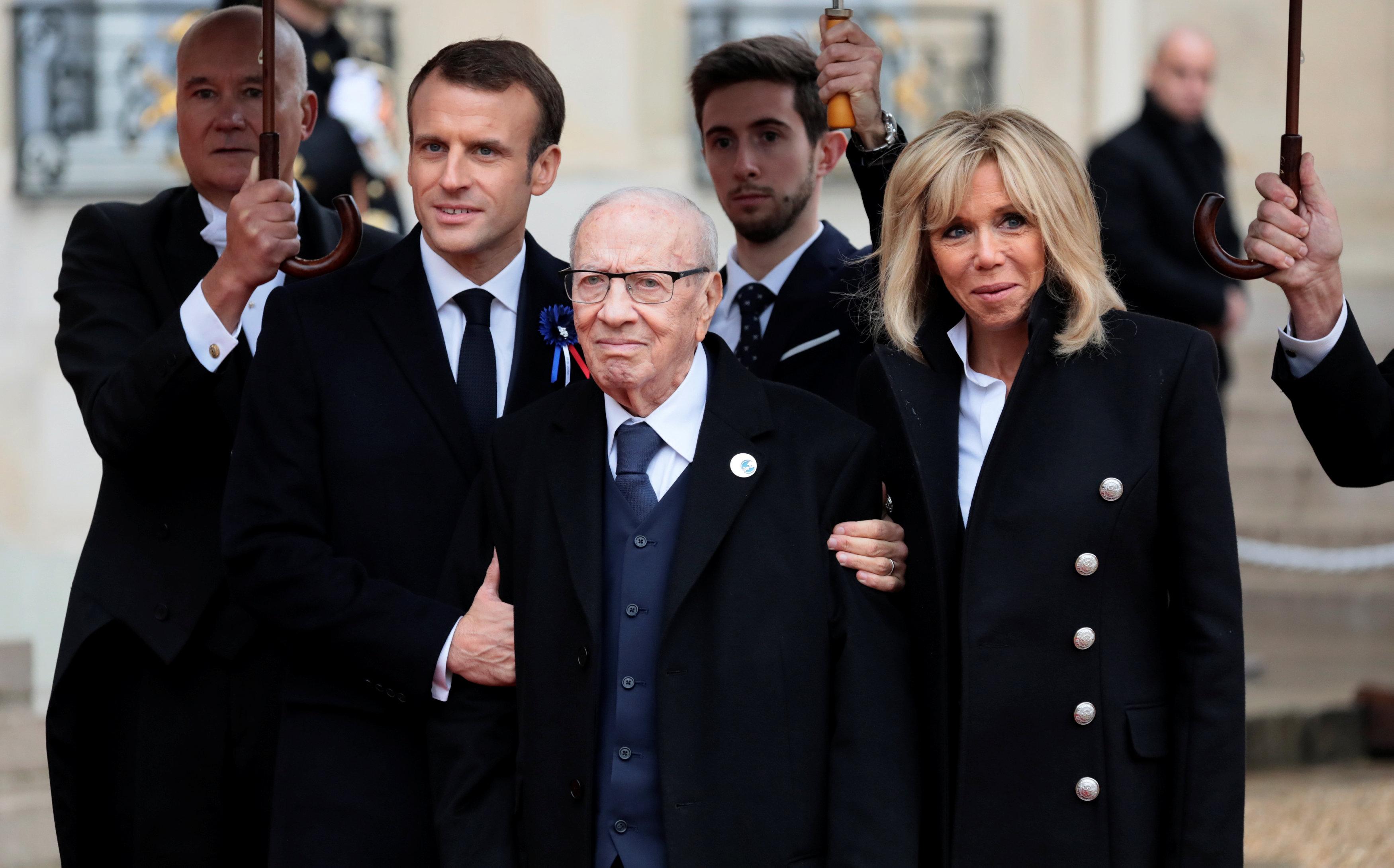 الرئيس الفرنسى يرحب بنظيره التونسى