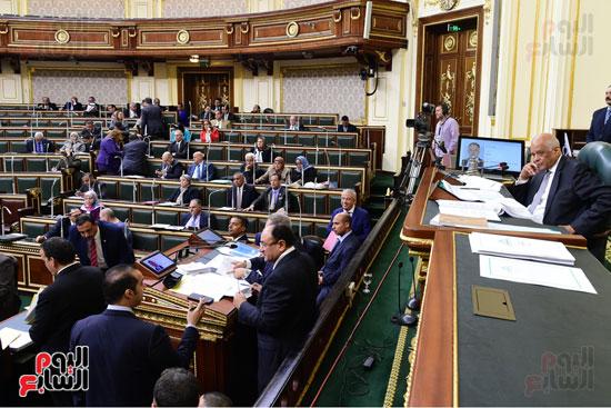 الجلسة العامة للبرلمان (21)