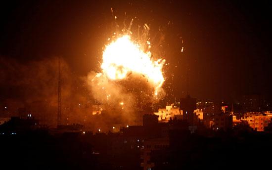 غزة تحت مرمى نيران الاحتلال الإسرائيلى (11)