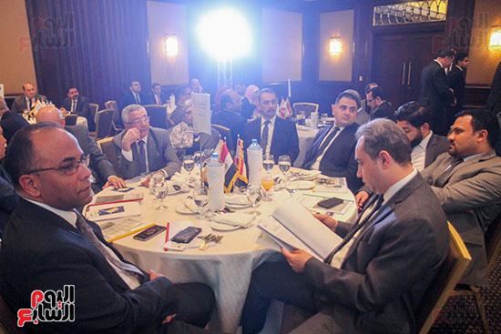 مؤتمر وزير المالية (14)