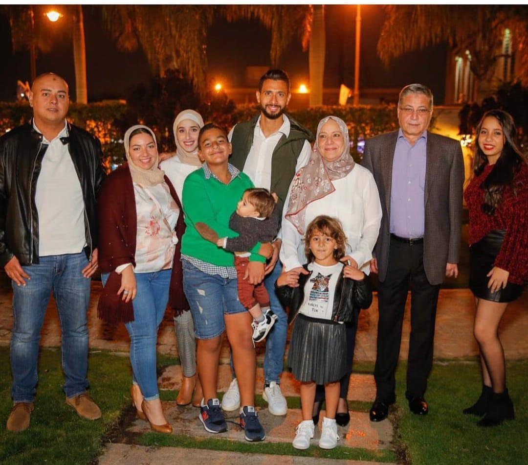 جانب من عائلة أحمد عادل عبد المنعم