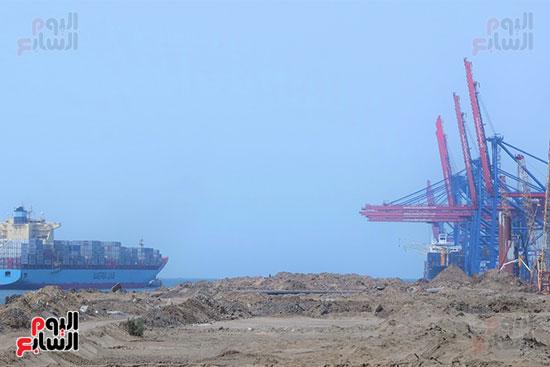 ميناء شرق بورسعيد والذى يستقبل خطوط ملاحة عالمية جديدة العام المقبل