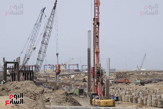 الأعمال الإنشائية لميناء شرق بورسعيد الجديد فى أولى مراحله