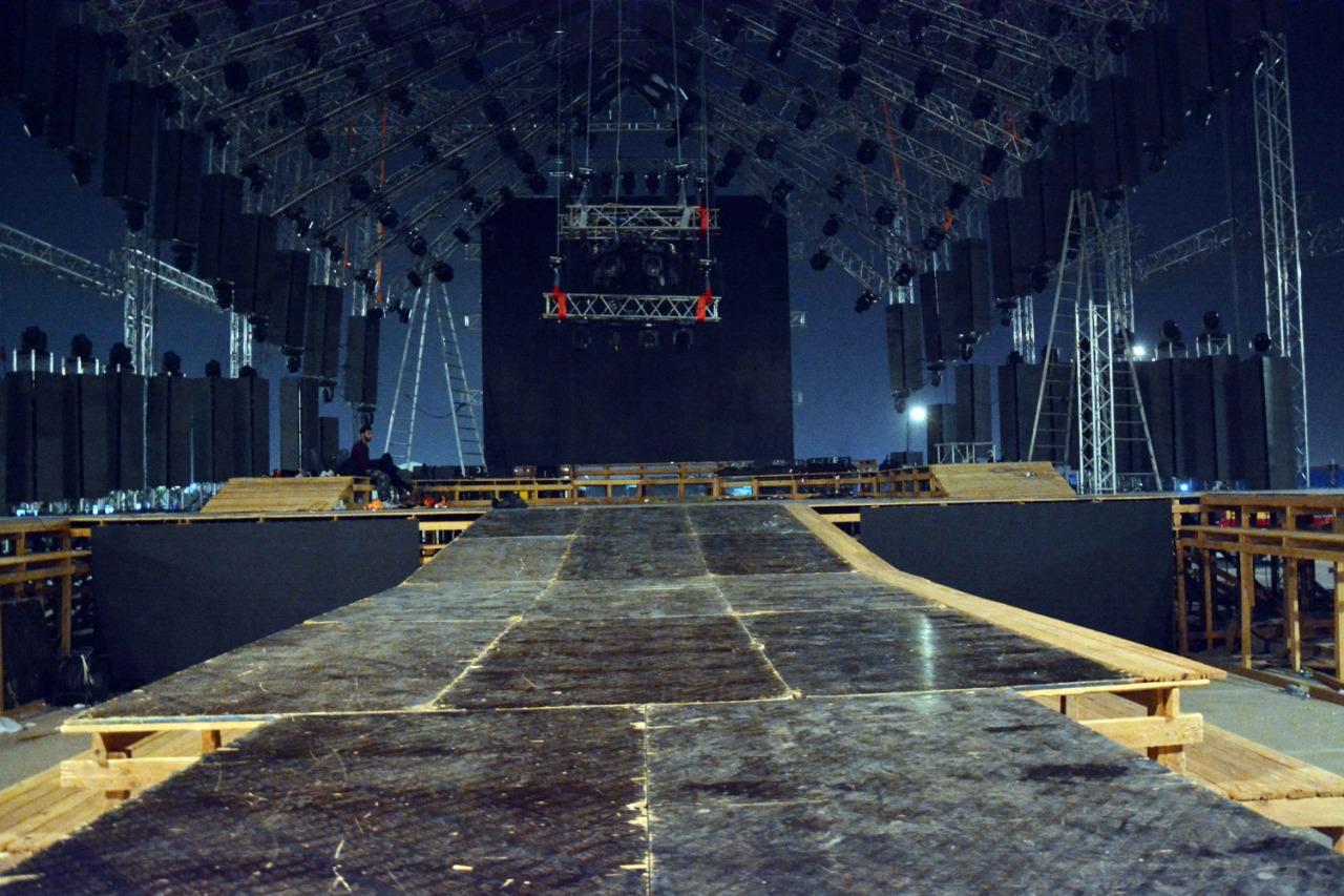 Tamer Hosni's first album of concert halls her album's success (2)