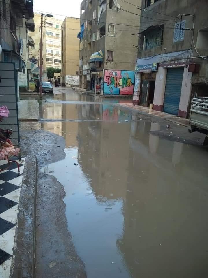 مياه الأمطار بشوارع منطقة التمليك
