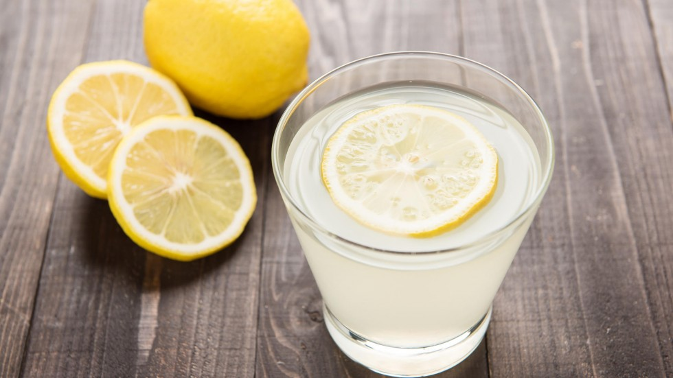 Learn the effects of excessive lemon consumption