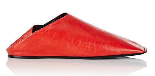 حذاء لماركة بالينسياجا