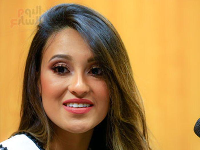 ناريمان خالد ملكة جمال مصر الكون1