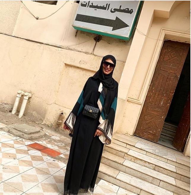 سالى عبد السلام بالحجاب