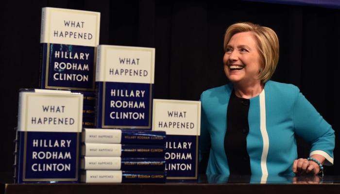 مذكرات هيلارى كلينتون ماذا حدث