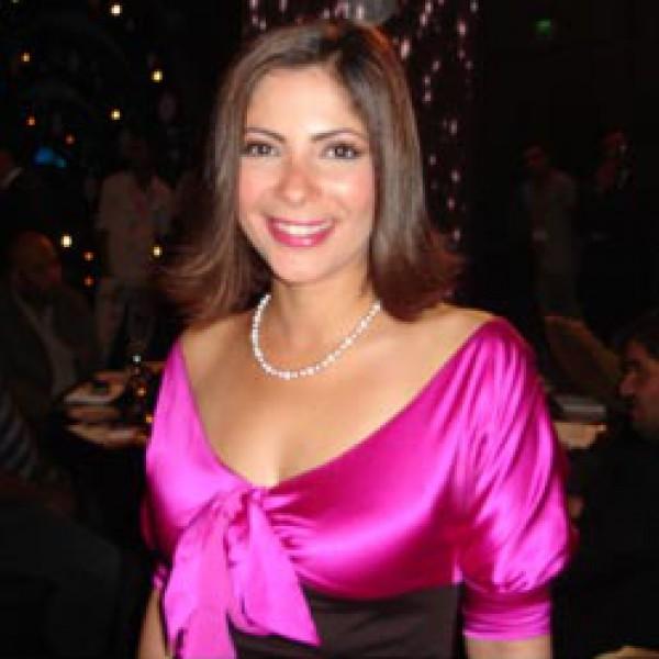 Mona Zaki (3)