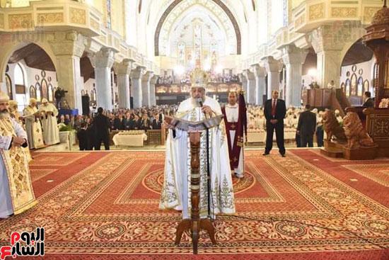 قداس تدشين الكاتدرائية المرقسية بالأنبا رويس بالعباسية (3)