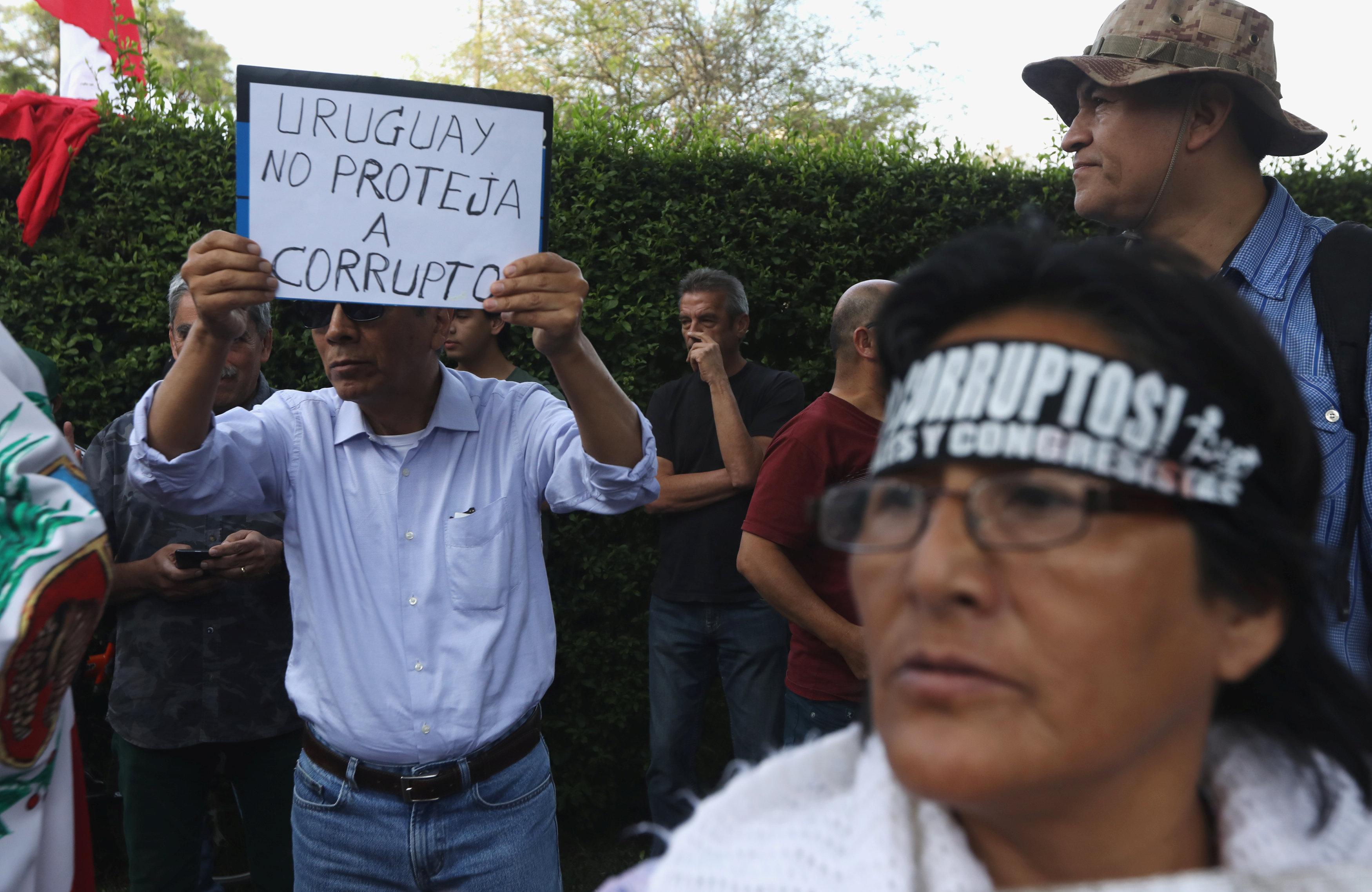 متظاهرو بيرو