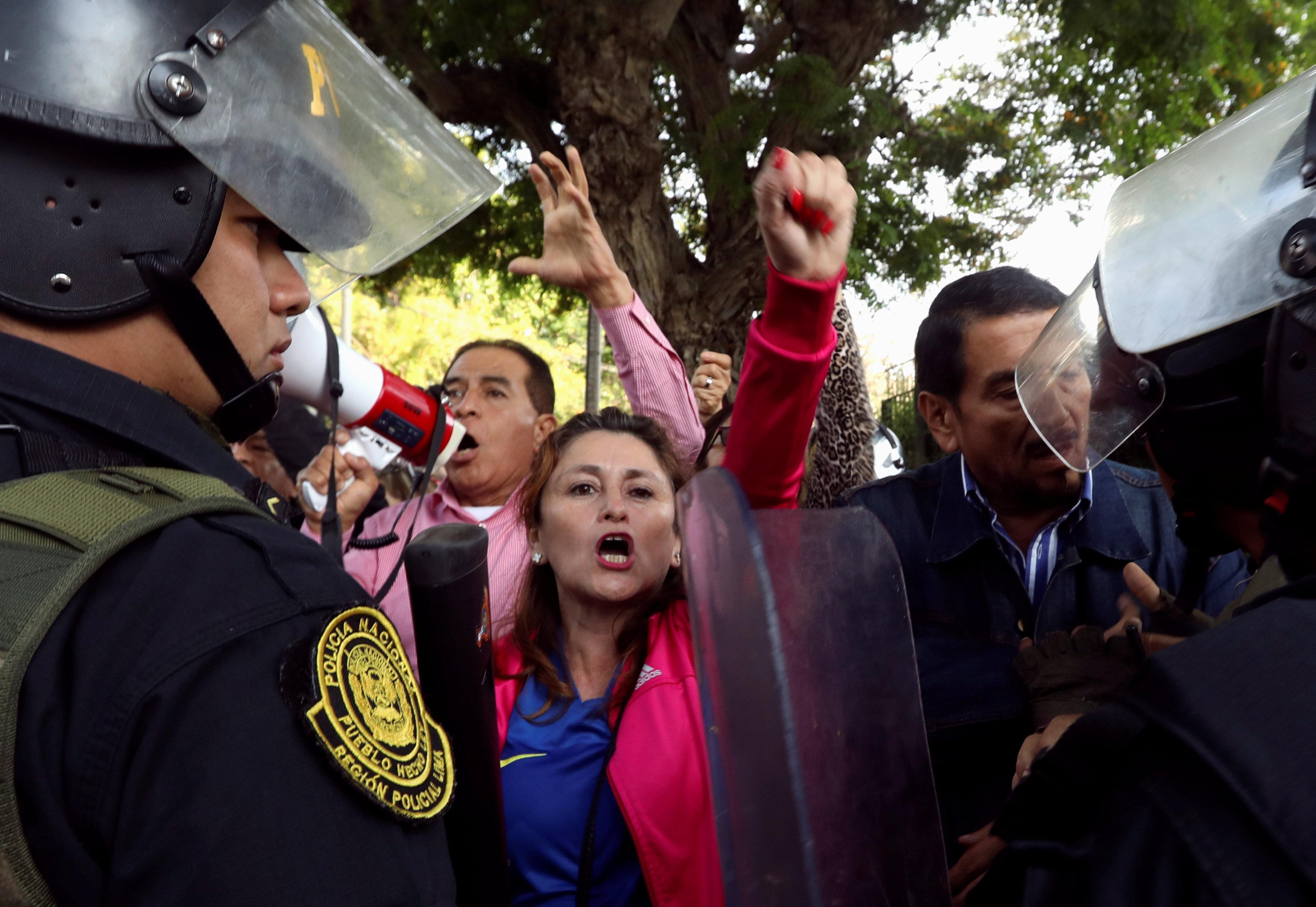 جانب من المتظاهرات