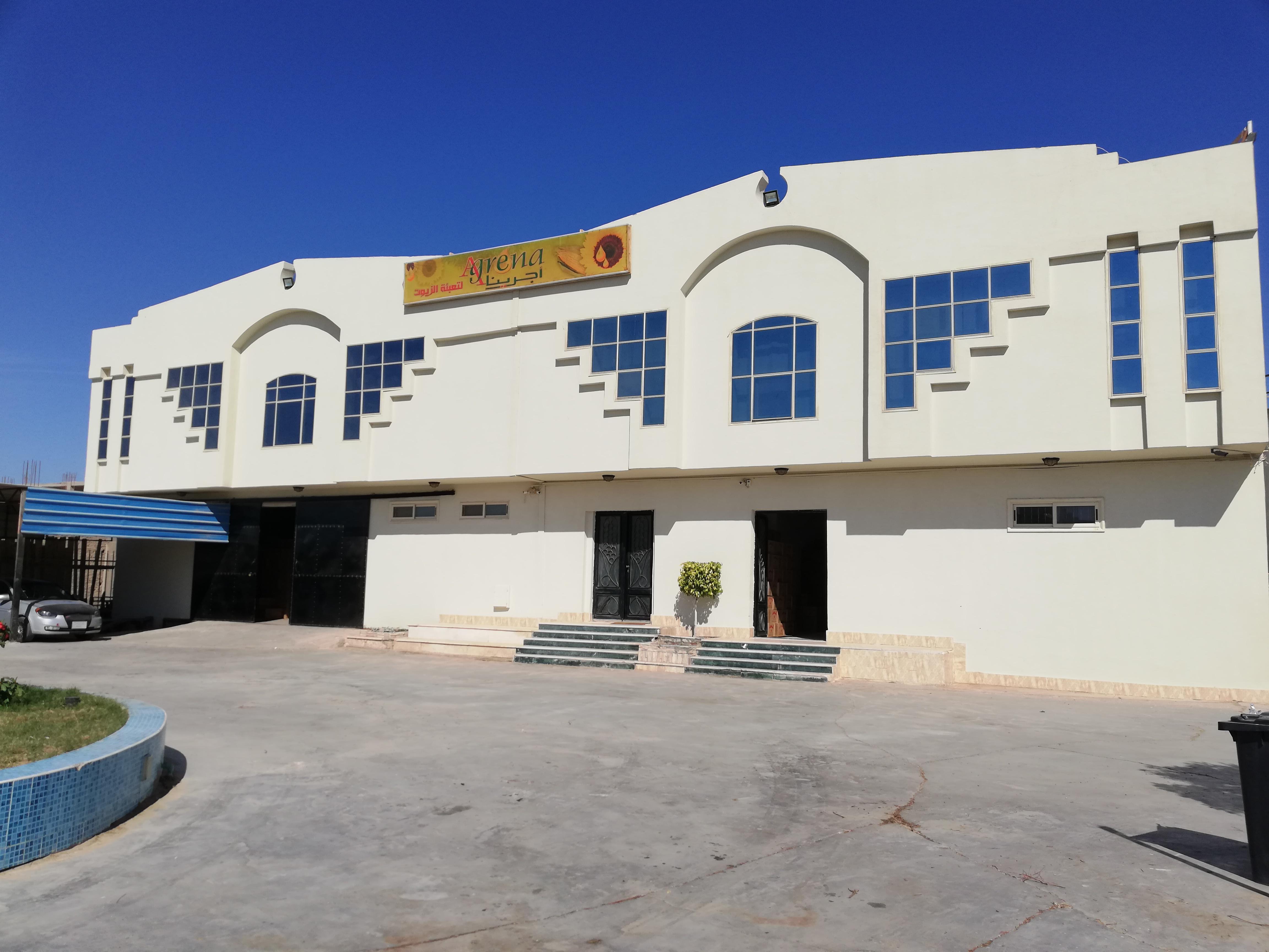 رانيا المهدى، صاحبة مصنع لتعبئة الزيوت بمدينة الغردقة (7)