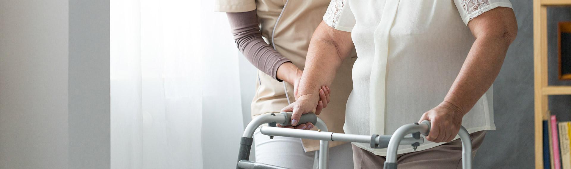 الكسور من اعراض هشاشة العظام